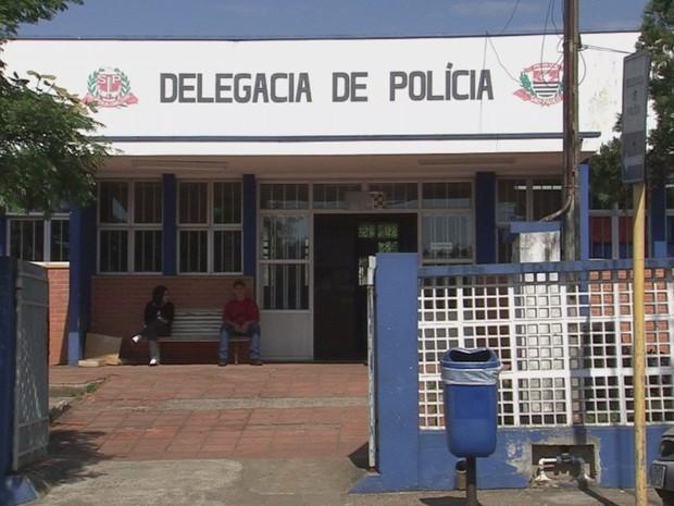 Operação da Polícia Civil aconteceu nesta quinta-feira (28) em Angatuba (Foto: Reprodução/TVTEM)