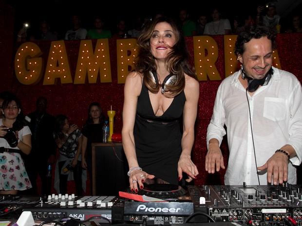 Luciana Gimenez como DJ em festa em São Paulo (Foto: Claudio Augusto/ Brazil News)