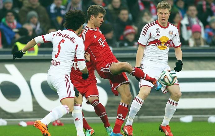 mueller Bayern munique x RB Salzburg (Foto: EFE)