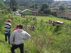 Duas pessoas morrem após bater carro em caminhão na rodovia PR-092