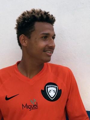 Felipe Cardoso, do Osvaldo Cruz (Foto: Ronaldo Nascimento)