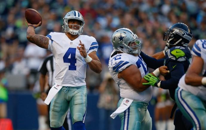 Calouro Dak Prescott será o substituto de Tony Romo nos Cowboys (Foto: Getty Images)