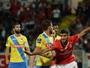 Benfica vence o Arouca e coloca pressão no Sporting pela liderança