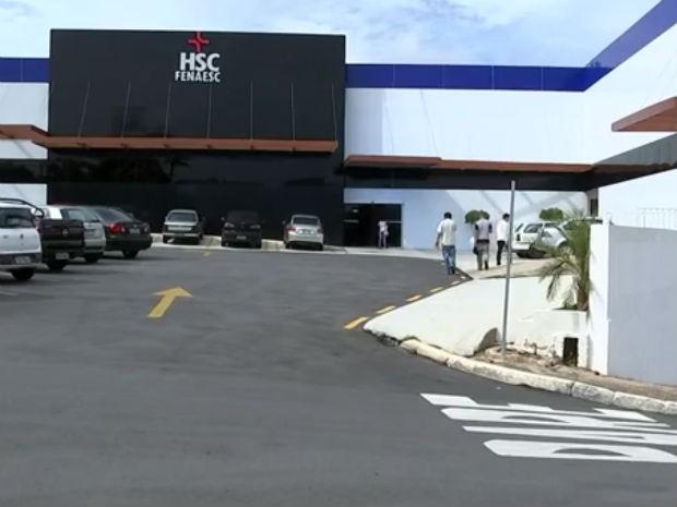 Funcionários da Santa Casa de São Roque permanecem em greve (Foto: Reprodução/TV TEM)