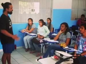 Dupla oferece conhecimento sobre educação ambiental (Foto: Luiz Henrique Costa/Arquivo Pessoal)