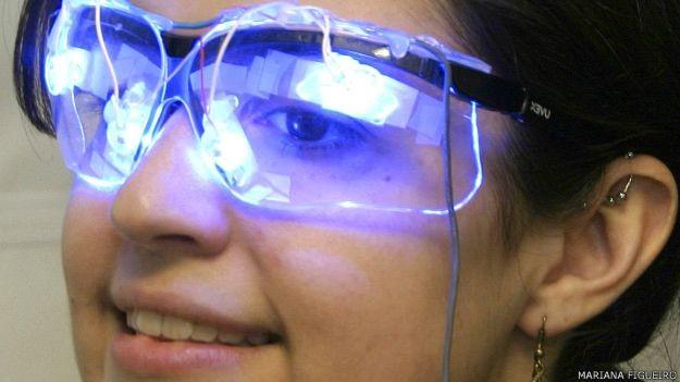 Luz emitida por certos dispositivos altera o ritmo do sono (Foto: Mariana Figueiredo)