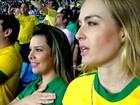 Angélica e Fê Souza choram ao som do hino nacional e Huck registra tudo