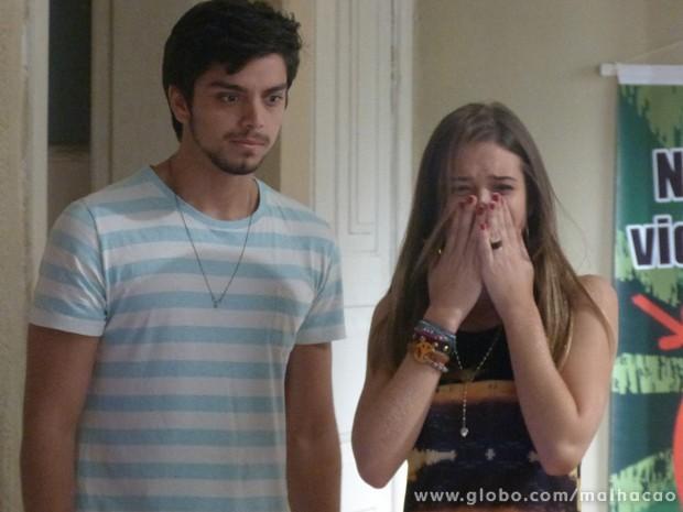 COMO ASSIM??? O casamento de #BruTinha não valeu de nada??? (Foto: Malhação / Tv Globo)