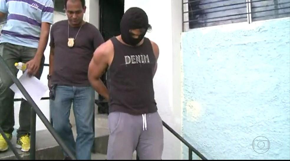 Edvan foi autuado em flagrante e, em seguida, teve a prisão preventiva decretada (Foto: Reprodução/TV Globo)