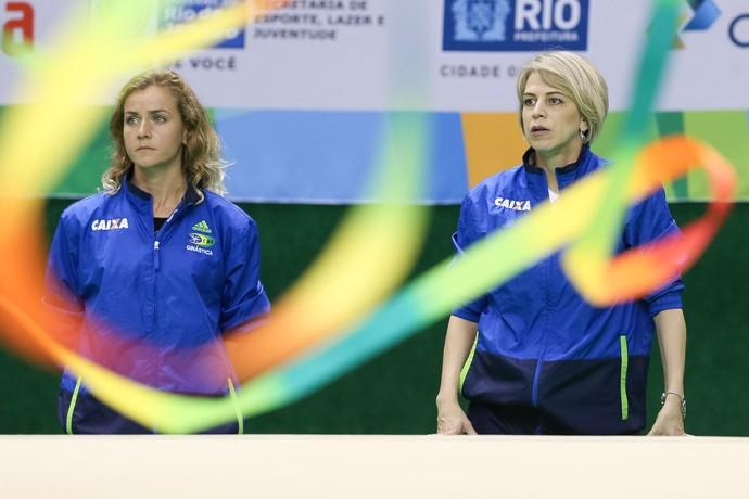Ekaterina Pirozhkova e Camila Ferezin ginástica rítmica evento-teste (Foto: Ricardo Bufolin/CBG)