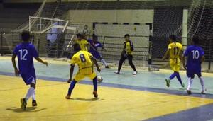Vivaz se distancia no placar logo nos primeiros minutos de jogo (Foto: Tércio Neto/GloboEsporte.com)