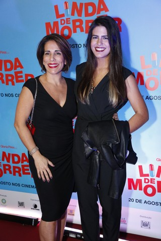 Glória Pires e a filha Antonia Moraes em pré-estreia de filme na Zona Sul do Rio (Foto: Felipe Assumpção/ Ag. News)
