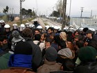 Rumores de abertura de fronteira provoca deslocamento de migrantes