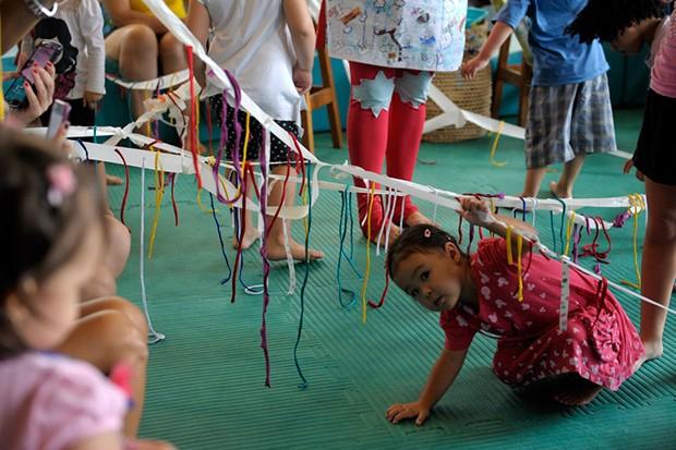 Crianças poderão explorar novas sensações durante as atividades (Foto: Divulgação)