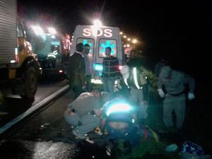 Acidente ônibus feridos (Foto: Tiago Guedes/RBS TV)