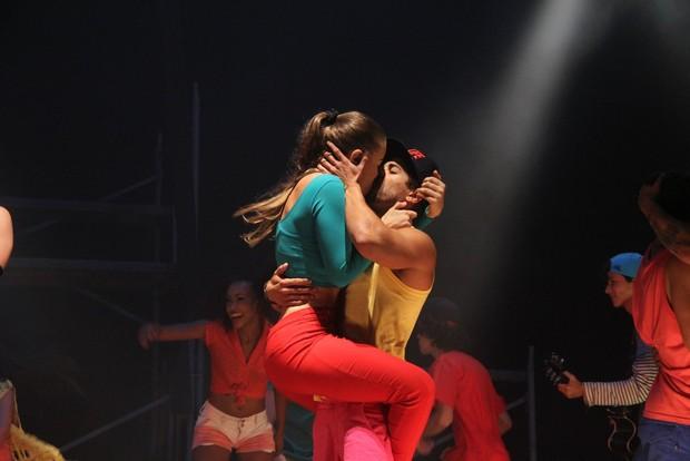 Rayanne Morais e Douglas Sampaio (Foto: Thyago Andarde/ Brazil News)