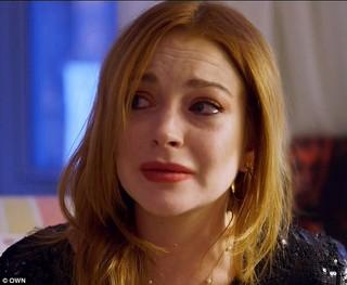 Lindsay Lohan chora ao falar de aborto (Foto: Reprodução/Own)