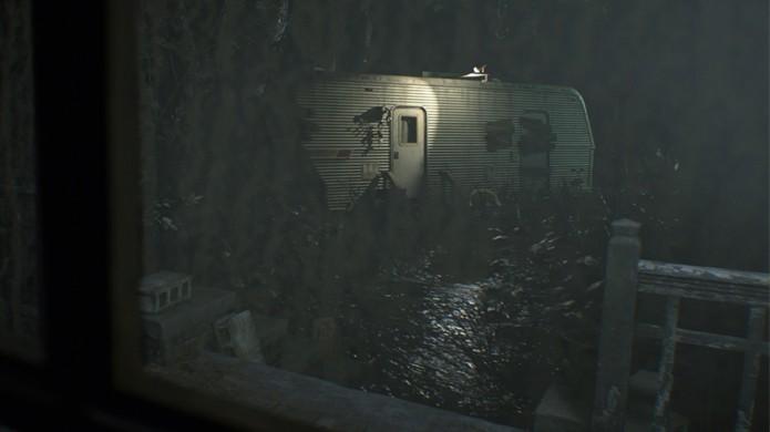 Ethan irá usar um trailer fora da casa dos Bakers como base de operações em Resident Evil 7 (Foto: Reprodução/Gematsu)