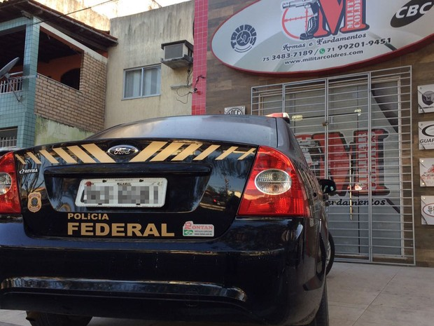 Organização usava loja de armas para vender ilegalmente em Feira de Santana (Foto: Divulgação/ PF)