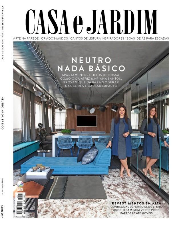 A atriz Mariana Santos em seu apartamento em São Paulo (Foto: Marco Antonio / Editora Globo)