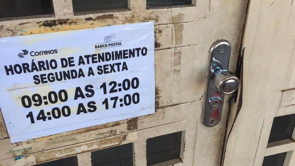 Agência dos Correios em Palmas é arrombada (Foto: Heitor Moreira/TV Anhanguera)