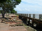 Buracos causados por erosão na orla de Macapá oferecem risco a pedestres