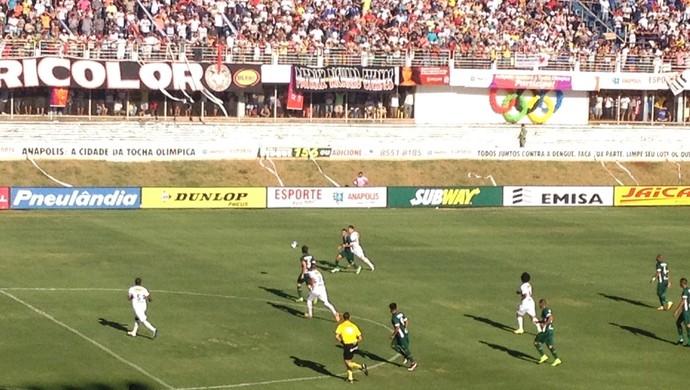 Anápolis x Goiás no Jonas Duarte (Foto: Sílvio Túlio/GloboEsporte.com)