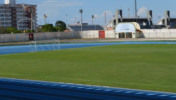 Partida entre Santos-AP e Ypiranga pelo Amapazão será no estádio Zerão (Foto: Lorena Kubota/GE-AP)