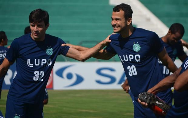 Rodrigo Arroz e Fernando, dupla de zaga do Guarani (Foto: Murilo Borges / Globoesporte.com)