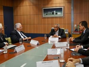 Reunião entre ministros do Turismo e Ciência e Tecnologia discutiam investimentos para Alcântara (Foto: Divulgação/Mtur)