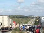 MST interdita rodovias em protesto contra o governo Michel Temer em PE