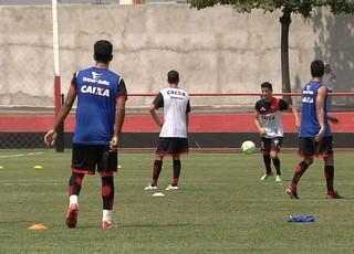Treino do elenco Atlético-GO (Foto: Reprodução/TV Anhanguera)