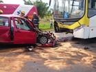 Motorista morre após bater de frente com ônibus no Lago Norte, no DF