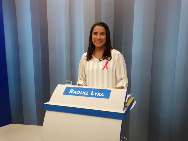 Raquel Lyra (PSDB) se prepara para debate realizado pela TV Asa Branca. (Foto: Kamylla Lima/G1)