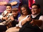 Cantores comemoram vitória e o apoio do público na estreia dos Shows ao Vivo
