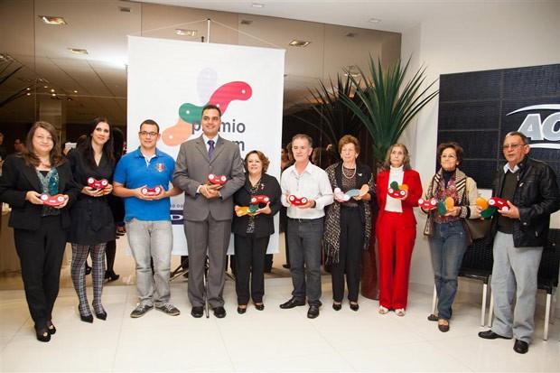 Todos os 10 finalistas são vencedores do Bom Exemplo Maringá (Foto: Divulgação/RPC TV)