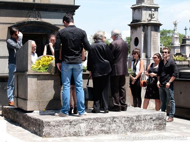 enterro de Leila  (Foto: Pedro Curi / TV Globo)