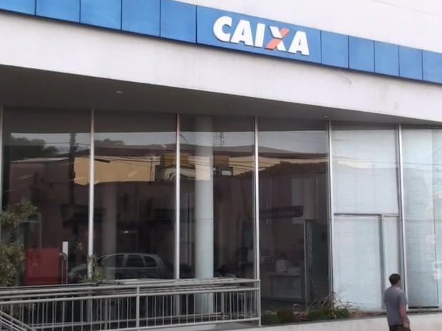 Agência da Caixa na Rua Dona Alexandrina, em São Carlos (Foto: Rodrigo Facundes/EPTV)