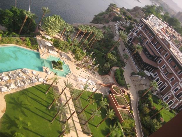 Vista do hotel Old Cataract de Assuã, à beira do Nilo, onde Agatha Christie se inspirou para o romance 'A Morte no Nilo' (Foto: Agência EFE)