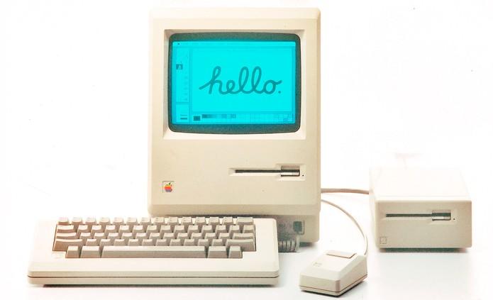 Primeiro Macintosh teve este nome em homenagem ao coordenador do projeto (Foto: Divulgação/Apple)