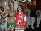 Luciana Gimenez desfila com a companhia do filho, Lucas Jagger