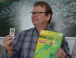 Album de figurinhas bocha Siderópolis (Foto: Cris Freitas / Assessoria Prefeitura de Siderópolis)