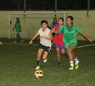 Iranduba feminino treino (Foto: Rômulo de Sousa)