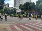 Manifestantes protestam em Governador Valadares