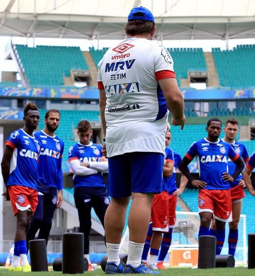 pra cima! (Felipe Oliveira / divulgação / EC Bahia)