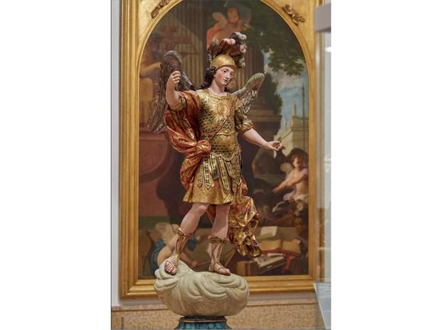 Estátua São Miguel, no Museu Nacional de Arte Antiga, em Lisboa (Foto: Reprodução/ Facebook/ Museu Nacional de Arte Antiga)