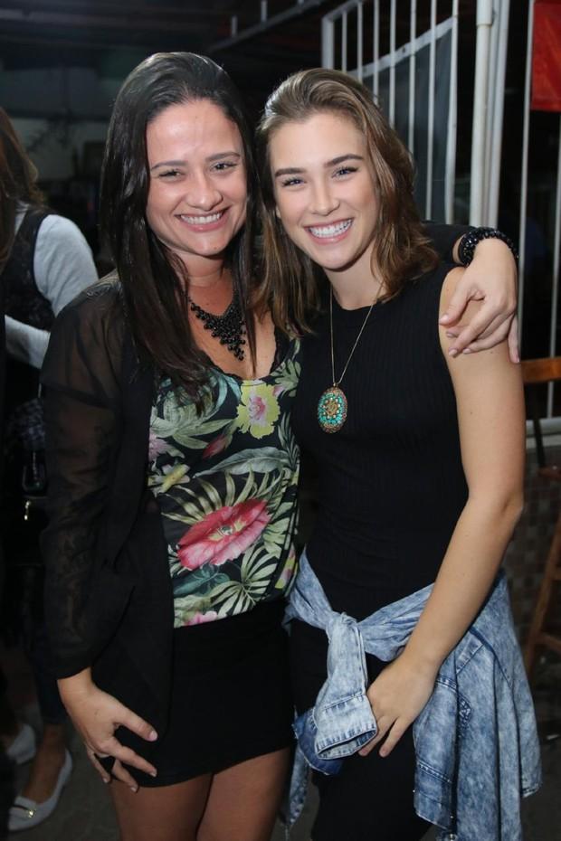 Amanda de Godoi e Marcela Fetter (Foto: Daniel Pinheiro/AgNews)