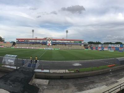 Paraná Clube Cianorte Vila Capanema (Foto: Thiago Ribeiro)
