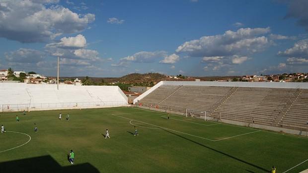 Estádio Cornélio de Barros, Salgueiro-PE (Foto: Tiago Medeiros / GloboEsporte.com)