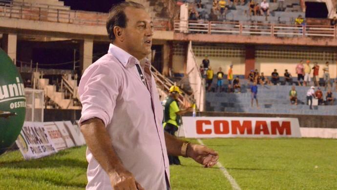Vitor Hugo, treinador Tapajós (Foto: Weldon Luciano/GloboEsporte.com)